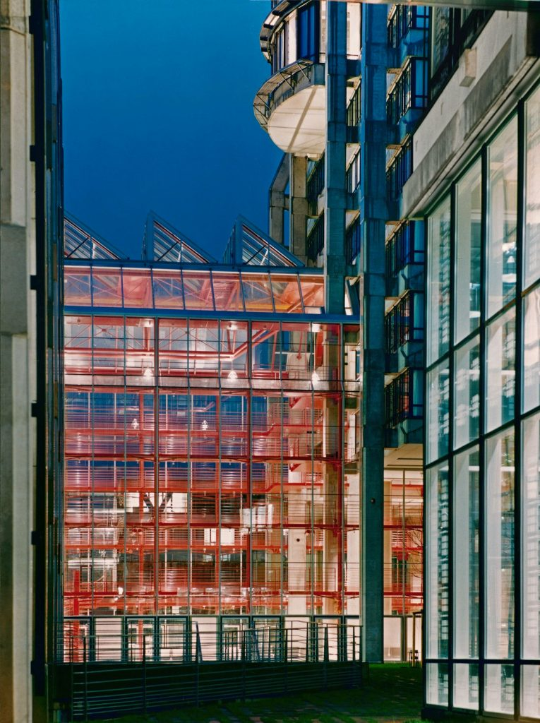 Frankfurt, ehemalige Bahnzentrale (Bild: Horst Goebel, um 1993)