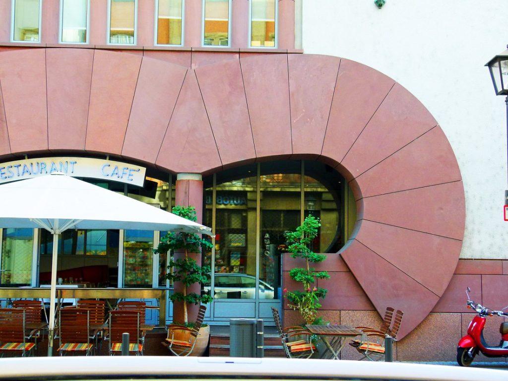 Frankfurt am Main, Museum für moderne Kunst (Bild: Dierk Schaefer, CC BY 2.0, 2012, via flickr)